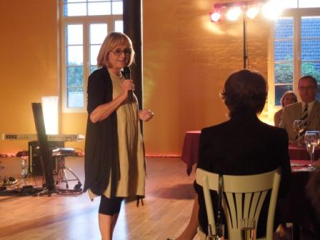 Vorsitzende Frau Iris Krämer begrüßt die Gäste