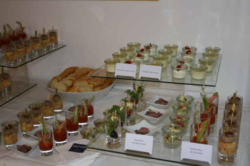 Dank der Unterstützung des Dorint Hotels wurden die Gäste mit Köstlichkeiten verwöhnt